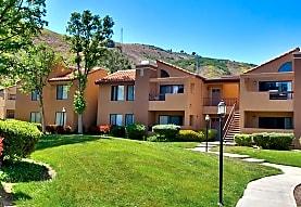 Malibu Canyon Apartments, Calabasas, CA