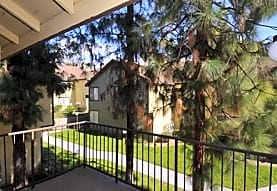 Parkwood Knoll Apartments, Highland, CA