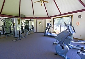 American Colony Apartments, Greenfield, WI