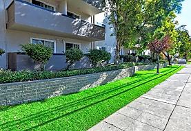 Courtyard Apartments, Hayward, CA