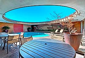 Manor House, Dallas, TX