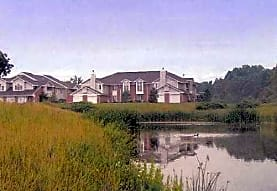 Overlook Lakes Apartments, Greendale, WI