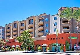 Broadcast Center Apartments, Los Angeles, CA