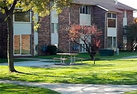 Bluewater Townhouses, Port Huron, MI