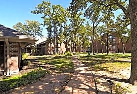 Waldenbrooke Court Senior Living 55+, Bryan, TX