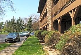 River Glen Apartments, East Lansing, MI