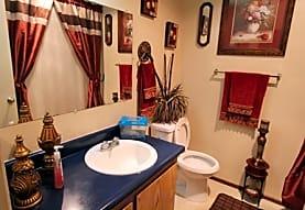W Creek Apartments, Santa Rosa, CA