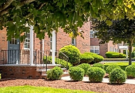 Princeton Crossing Apartments, Salem, MA