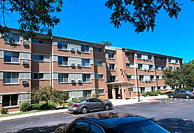 Ridgewood Apartments, Milwaukee, WI