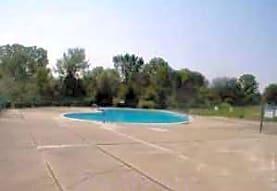 Shangri-La Mobile Home Park, Cottrellville, MI