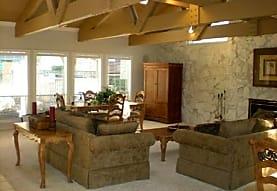 Del Prado Apartment Homes at Texas Star, Euless, TX