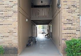 Sherwood Forest Apartments, LLC, Bossier City, LA