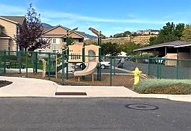 Highland Manor Apartments, Carson City, NV