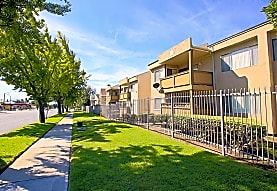 Arbor Park Apartments, Upland, CA
