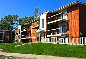 Northcrest Apartments, Riverside, MO