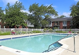 Carriage Hill, Dearborn Heights, MI