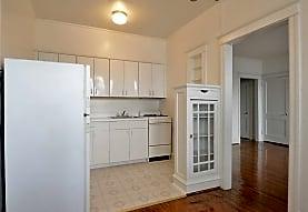 Stonehurst Court Apartments, Upper Darby, PA