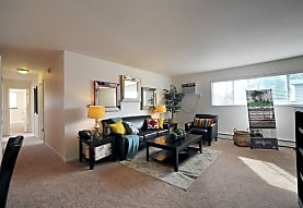 Gramercy Park Apartments, Champaign, IL