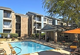 Montoro Apartments, Irving, TX
