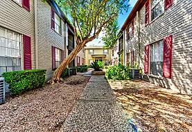 Carrington Court Apartments, Houston, TX