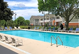 Springs at Canterfield Apartments - West Dundee, IL 60118