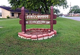 Hyatt Manor Apartments, Gonzales, TX