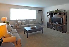 Autumn Chase Apartments, Hoffman Estates, IL