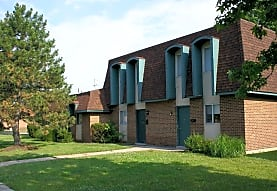 Carriage House, Englewood, OH