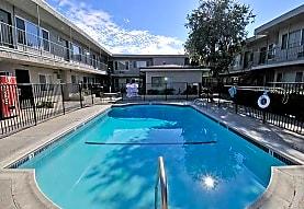 Royal Villa Apartments, Reseda, CA