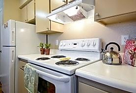 Summerlyn Apartments, Killeen, TX
