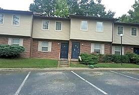Kensington Forest Apartments, Powell, TN
