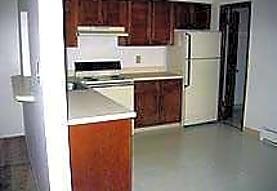 Sutters Creek Apartments, Troy, MI