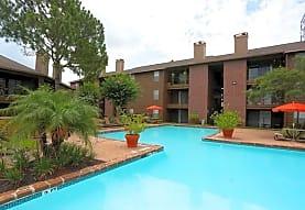 Foxboro Apartment Homes, Houston, TX