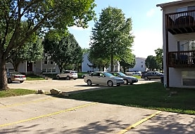 Twin Pine Estates, Alton, IL