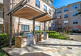 7 Square Apartment Homes, Houston, TX