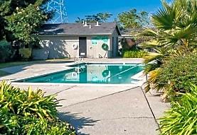 Lund Garden Apartments, Hayward, CA