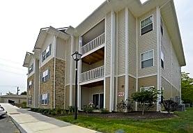Celtic Crossing Apartments - Saint Peters, MO 63376