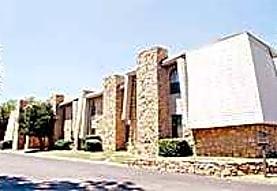 Wentwood at MacArthur, Oklahoma City, OK