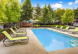 Vista Ridge Apartments, Issaquah, WA