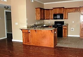 Chester Hills Townhomes, Springdale, AR