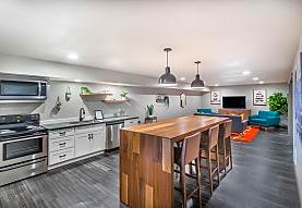 Cedarwood Apartments, Wenatchee, WA