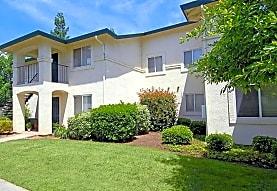 Hyde Park Apartments, Fresno, CA