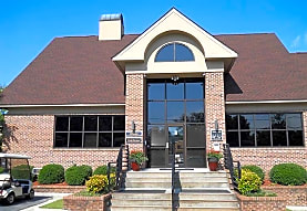 Briarwood Apartments, Fayetteville, NC