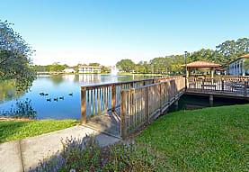 University Lake Apartments, Tampa, FL