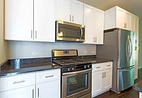 Northline Apartments, Libertyville, IL