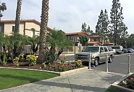 Corona De Oro, Corona, CA