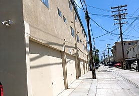 Diamond Apartments, San Diego, CA