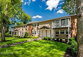 Pinewood Village, Coram, NY