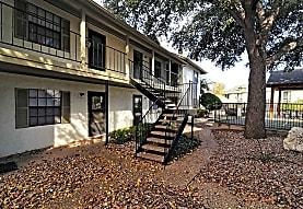 Rock Brook Apartment Homes, San Angelo, TX