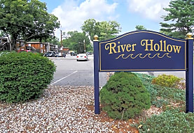 River Hollow Apartments, East Windsor, CT